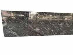灰色光泽花岗岩瓷砖,用于地板,厚度:18毫米