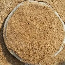 Brown River Sand, For Construction, Packaging Type: Tonne