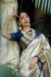 Present Kanjivaram Silk Saree Beautiful Rich Pallu & Jacquard Work