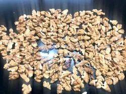 Broken Walnut Kernel, Packaging Type: Plastic Box, Packaging Size: 9 Kg