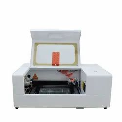 Mobile Screen Protector Cutting Machine