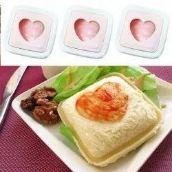 MOZABEE Multicolor Heart Shape Sandwich Cutter, For Home Made