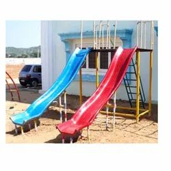 Pun Out 4-9 Years Double Wave Slides, Rider Capacity: 2 Persons, 9 Feet
