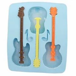 GUITAR SHAPED ICE CUBE TRAY