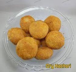 Namkeen Dry Kachori, Packaging Size: 5Kg