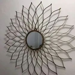 Iron Gold Leaf Decorative Round Wall Mirror, For Home, Size: 72 X 72 X 10 Cm