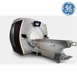 3 T (Tesla) GE Discovery MR750w 3.0T MRI Machine