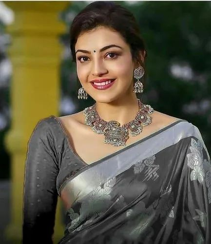 Grey Kajal Agarwal Beautiful Saree, Dry Clean, 6 m (With Blouse Piece), |  ID: 23143614188