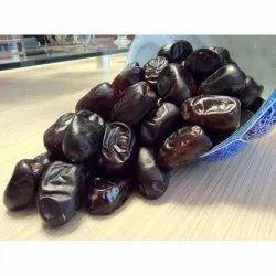 B Grade Black Mazafati Dates, Packaging Type: Carton, Packaging Size: 5 Kg