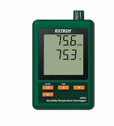 SD500: Humidity/Temperature Datalogger