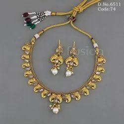 Fusion Arts Traditional Polki Necklace Set