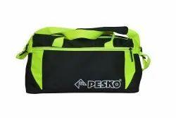 聚酯黑色和绿色Pesko男士健身袋