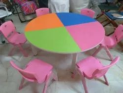 4 X 4 ROUND TABLEWITH SIX CHAIRS