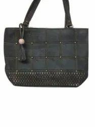Black Leather Party Wear Ladies Designer Handbag