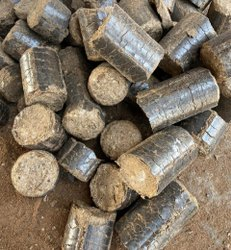 Saw Dust Biomass Briquettes
