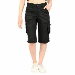 Casual Wear Ladies Black Capri, Machine Wash, Design/Pattern: Plain