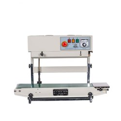 Nitrogen flashing pouch sealer machine