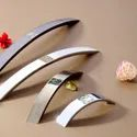Zinc Swarovski Cry Cabinet Handle