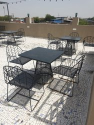 Paint Coated Black Metal Dining Table Set, For Restaurant,Hotel