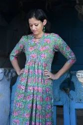Cotton Casual Wear Printed Long Kurti, Size: Medium, Wash Care: Machine wash
