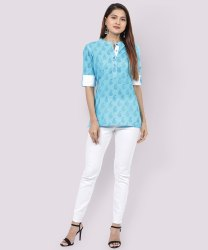 Casual Wear 3/4th Sleeve Ladies Sky Blue Printed Cotton Short Kurti, Size: M
