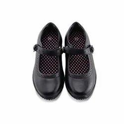 White,Black Canvas School Pt Shoes, Size: 5