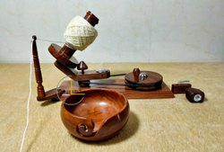 Natural Plain Handmade Premium Crafted Yarn Winder And Yarn Bowl, Size: 36*12*25