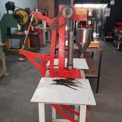 Double Pedal Type Manual Agarbatti Making Machine