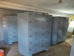 Standard Mild Steel Staff Lockers Cabinets, For Industrial, Number Of Lockers: 12