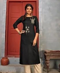Casual Wear 3/4th Sleeve Ladies Rayon Straight Kurtis, Wash Care: Dry clean