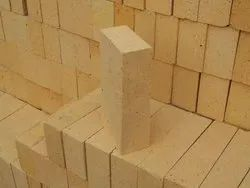 IS-6 Heat Resistant Rectangular Refractory Bricks, For Side Walls, Size: 9 Inch X 4.5 Inch X 3 Inch