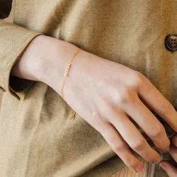 Tiny Name Bracelet