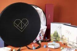 Cardboard Round Grandeur Chocolate Box, For Gift & Crafts, Box Capacity: 1-5 Kg