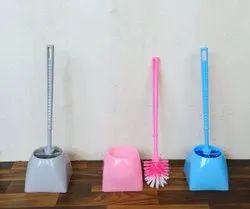 WC Brush