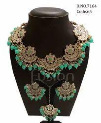 Fusion Arts Trendy Kundan Necklace Set