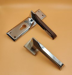 Matt Finish On Rose Zinc Mortise Handle Lock Set, Size: 8