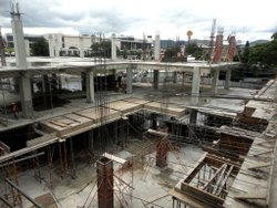 Steel Frame Structures Concrete Shopping Complex Construction Service