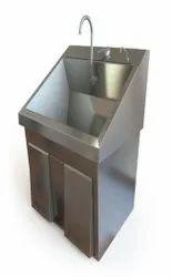 Silver Hospital Scrub Sink, Manual, 25x20x50 Inch
