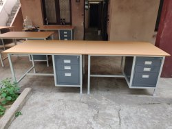 Metal Steel Office Table, 1 Year, Peach Wood
