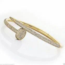 The Luxury Wear Nail Bracelet Studded With Diamonds