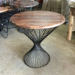 Standard BLACK Iron Coffee Table, For Restaurant, Size: Wx18'',Hx21.5 Inch