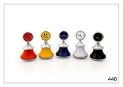 Analog Metal Dancing Doll Table Clock, For Office, Shape: Round