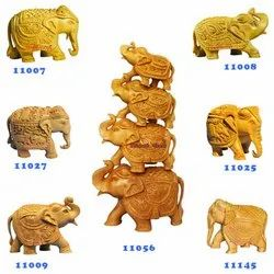 Indian Style Hand Carved Carving Wooden Elephant Animal Statues Figurines Custom Designs