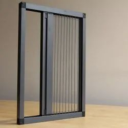 Fiber Aluminium Pleated Mesh Insect Screen, For Home, Size: 5.5x6 Feet