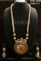 Fusion Arts Beaded Western Necklace Set