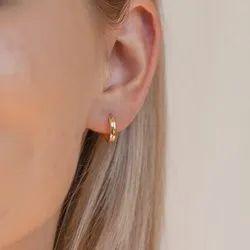 Editor Ii Huggie Earrings