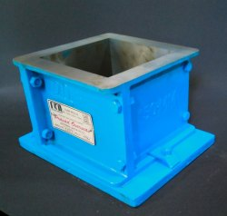 Cube Mold 150mm ISI