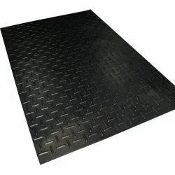 Black Horse Stable Rubber Mat