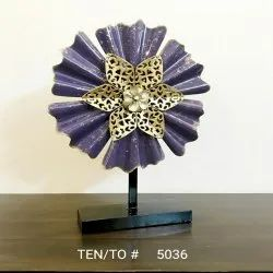 Metal Decorative Showpiece, For Decoration,Gifting Etc, Packaging Type: Box