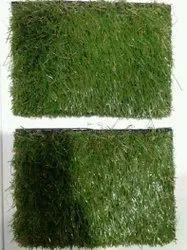 Polyester Green Grass Carpet, Size: 40x70 Inch